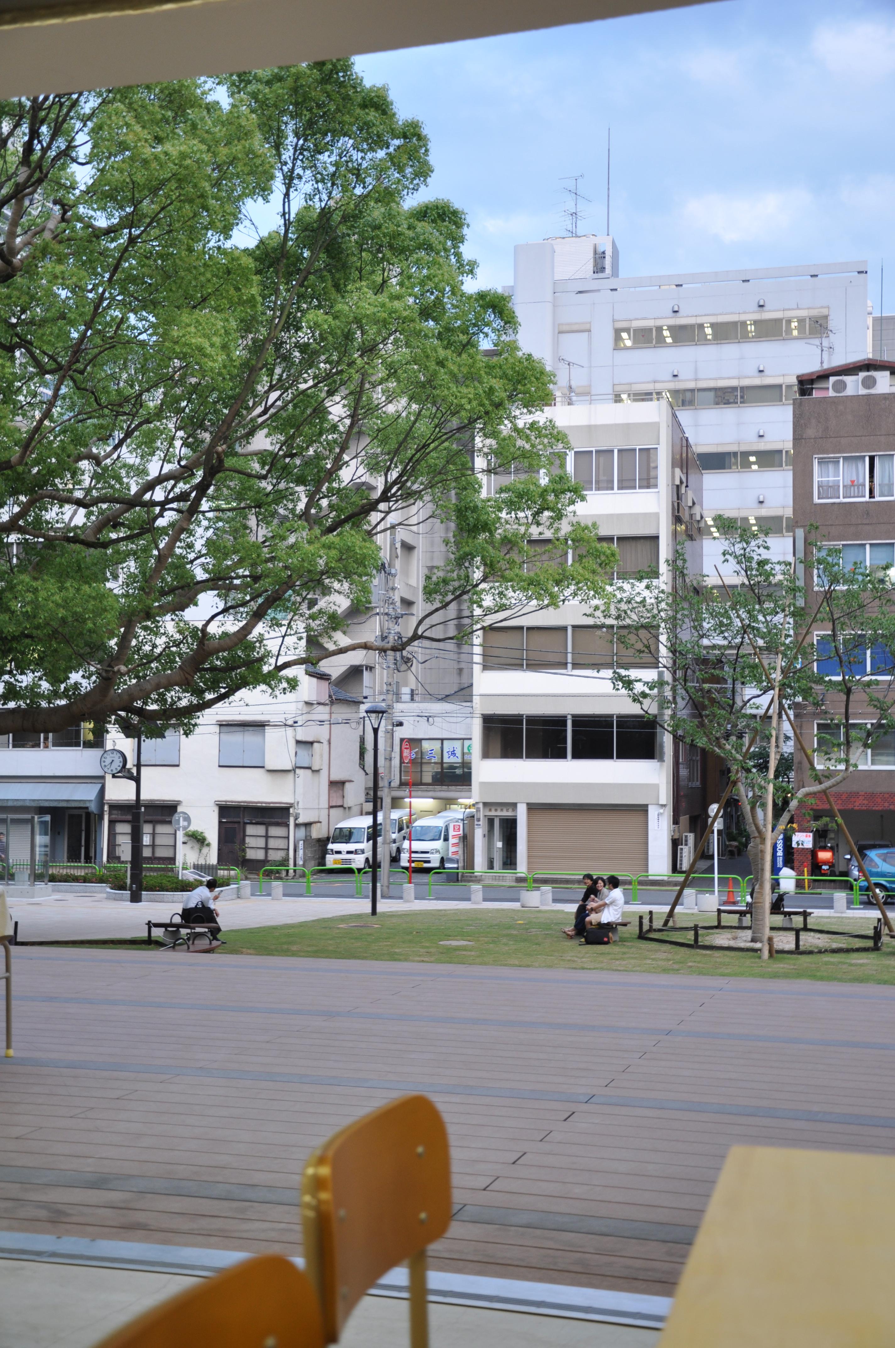 http://blog.3331.jp/staff/file/%E7%B8%A6.jpg