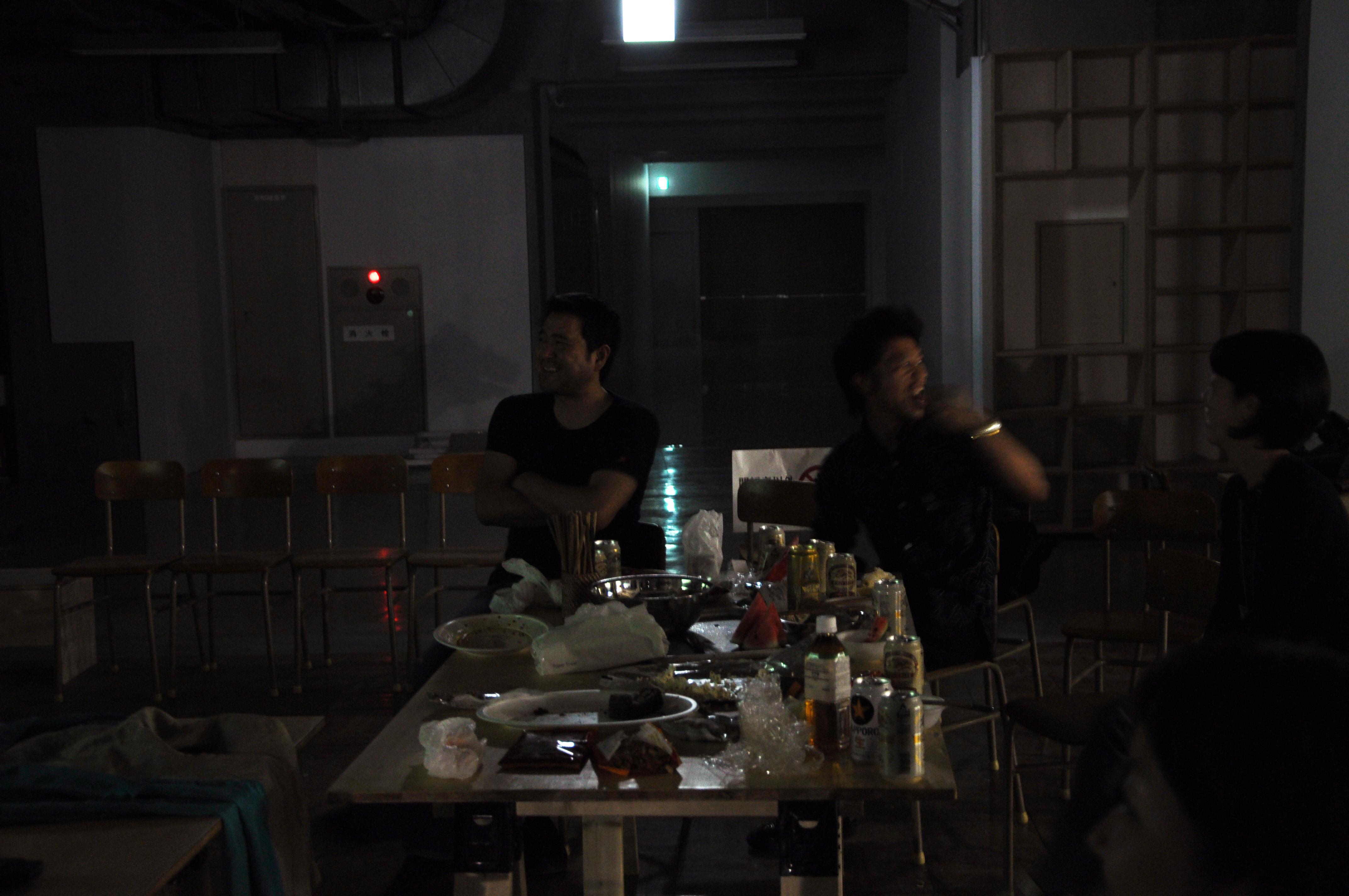 http://blog.3331.jp/staff/file/2.JPG