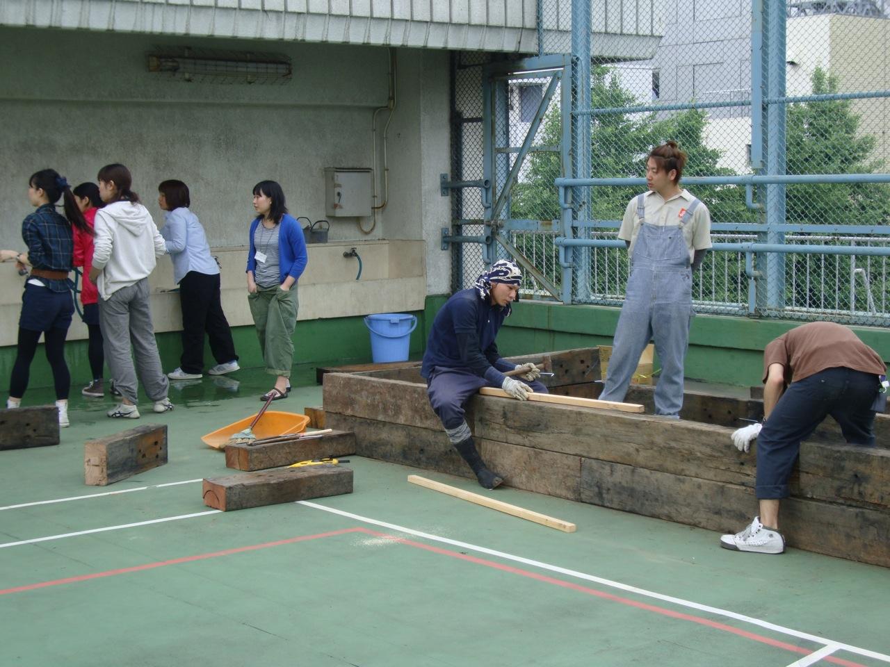 http://blog.3331.jp/staff/file/DSC03354.jpg